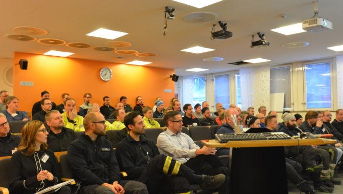 Här på ett ett arbetsmiljöforum möts kundföretaget och dess entreprenörer. Foto SSAB Luleå